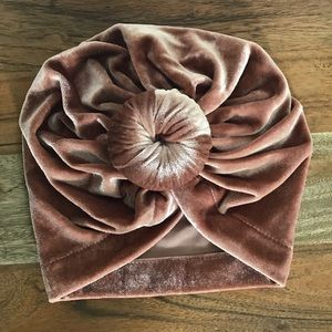 Other - B2G1 Free Baby Velvet Knotted Turban In Rose Gold
